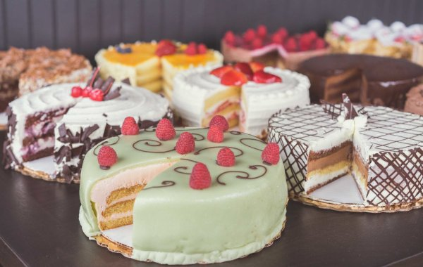 Cakes & Tarts with Photos | Gourmandise | Salt Lake City Bakery